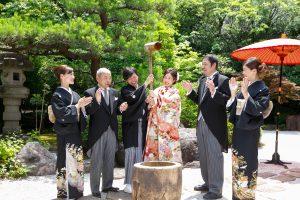 日本庭園でのお餅つき