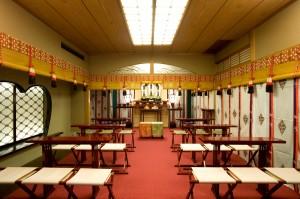 よし川館内神殿